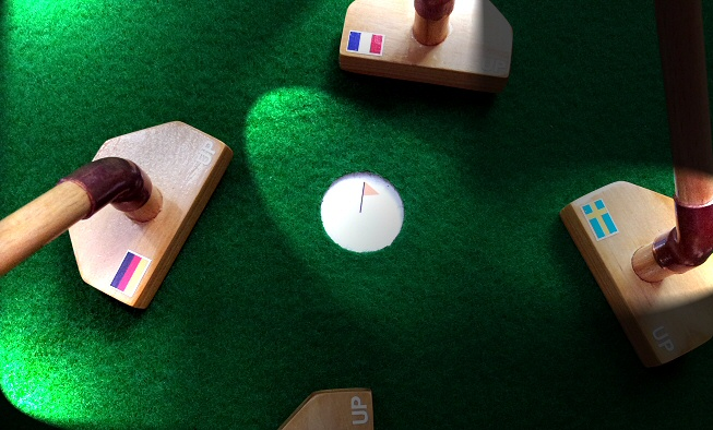 Les mini-putters en bois d'Urban Putting